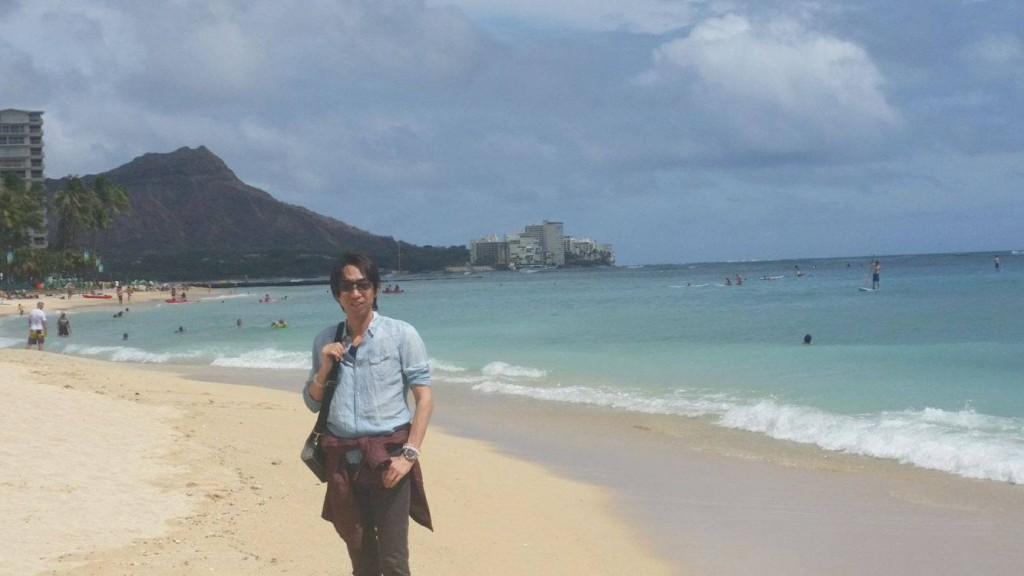ハワイ・オアフ島・ワイキキビーチにて