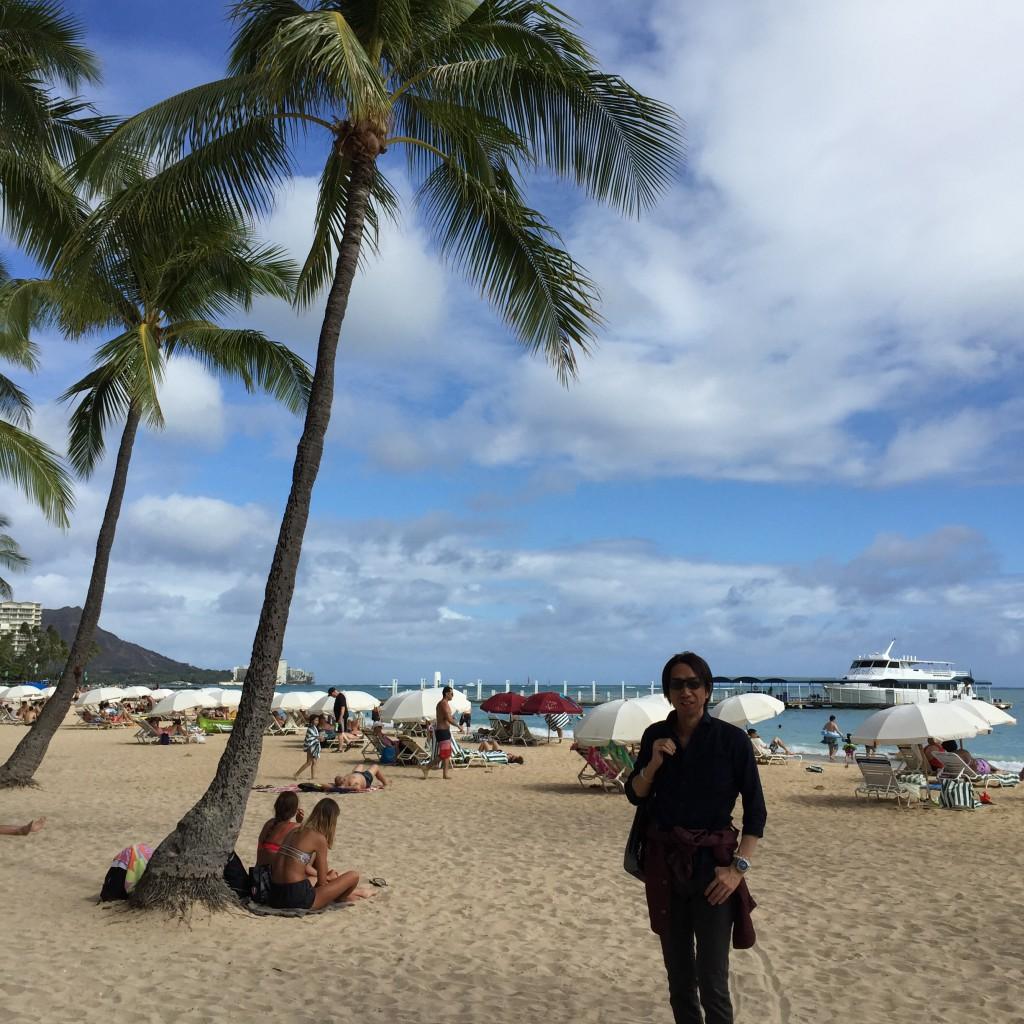 ハワイ・オアフ島・ワイキキビーチでの1枚