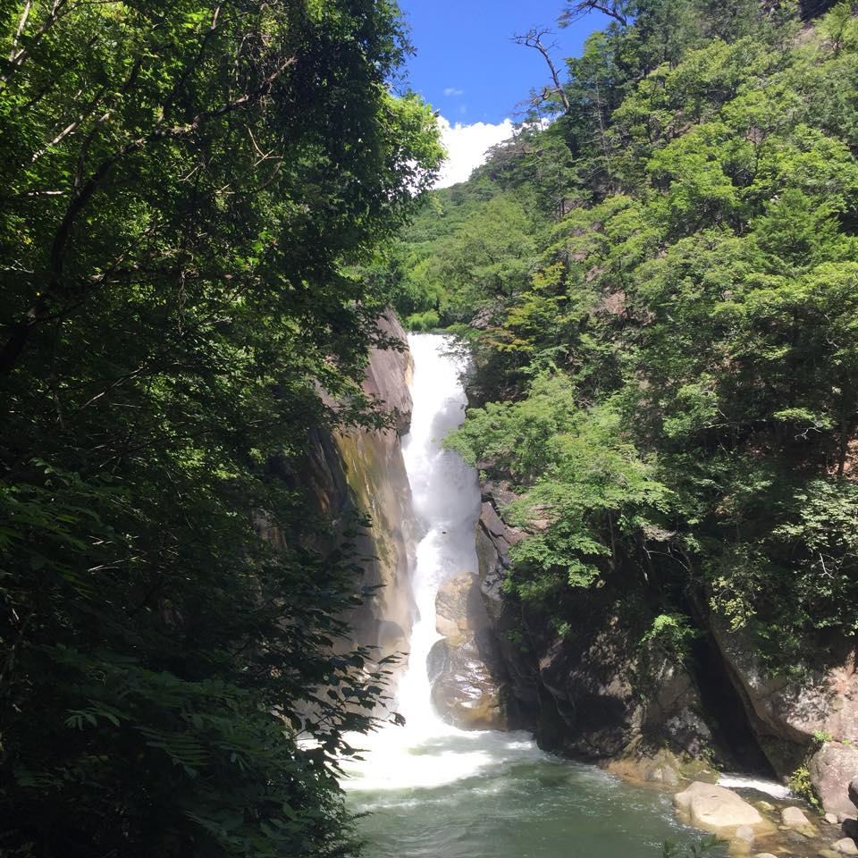 昇仙峡の仙娥滝(せんがたき)
