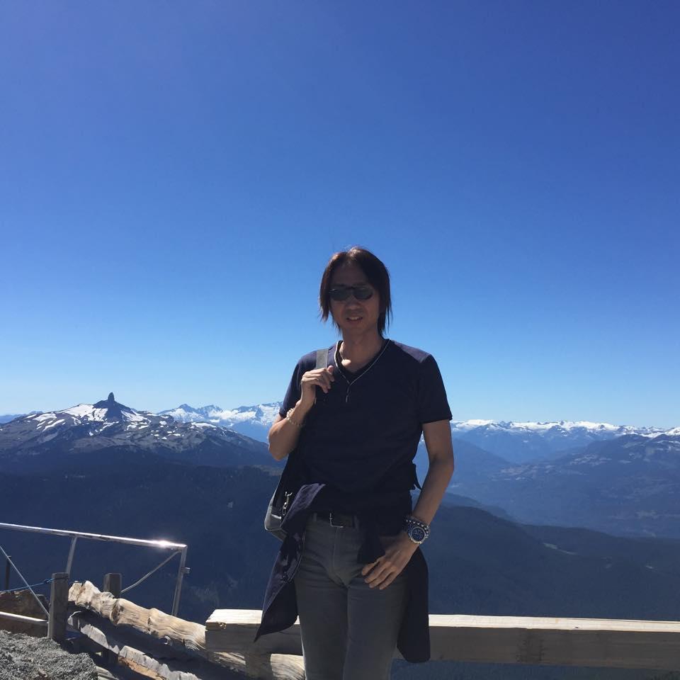 カナダ・ウィスラー山頂での1枚